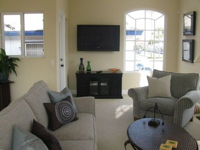 New livingroom funiture in 2009!  Wall mounted 42' plasma TV and DVR.
