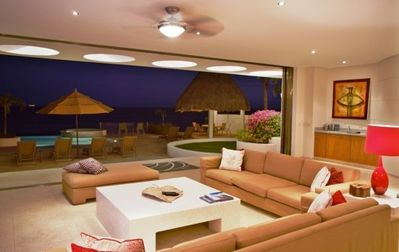 Modern style decor with that classic cabo feel