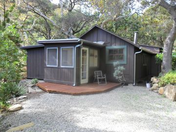 Solvang cabin rental - Front view of Homestead Cabin