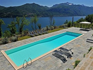 Menaggio apartment rental - The lake view pool at Sant' Andrea Lago