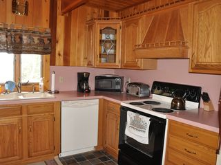 Kitchen - Pittsburg house vacation rental photo