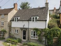 Charming cottage just 5 minutes walk from centre of Woodstock, Oxfordshire