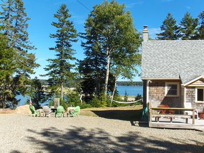 .Ripley Neck Cottage - on a Bluff overlooking the Bay, islands & Sand Spur