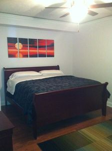 Master Bedroom with king bed, deluxe pillowtop mattress and mood lighting.