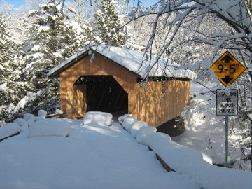 Scenic day trips-Covered bridges
