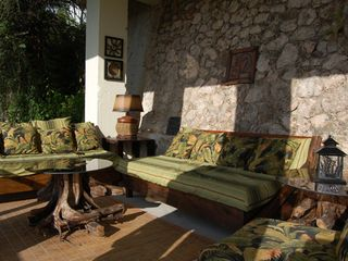 Runaway Bay villa photo - The Garden Gallery Lounge, secluded tropical hideaway