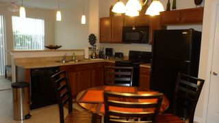 Crestwynd Bay townhome photo - Kitchen dinette area.
