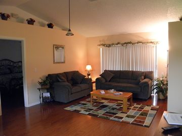 "Livingroom w/ 42"" flat screen tv/dvd player"