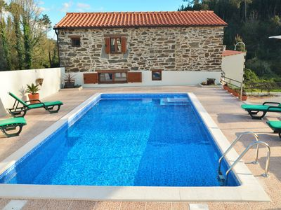 Serta, house and private pool,set in a peaceful valley ,close to all amenities.