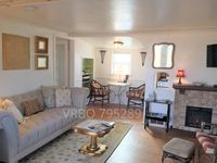 Charming Cottage in the heart of Englewood! Pet Friendly! VRBO exclusive!