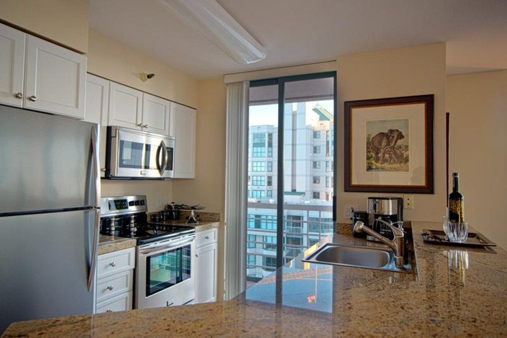 remarkably furnished 2 bedroom apartment in san francisco