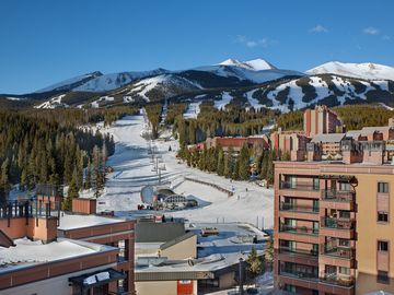 Breckenridge Peak 9 condo rental - Choose your run on Peak 9 from your 4th floor balcony, then just Ski in/out
