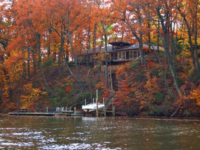 Annapolis house rental - enjoy the fall foliage from the water