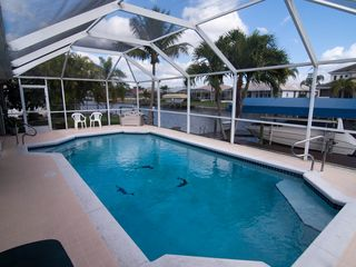 Cape Coral villa photo - Pool overlooking canal