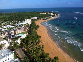 Luquillo condo photo - One view of the beach from the balcony