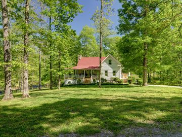 Franklin house rental - Farmhouse in the Fork