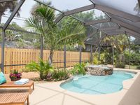Professionally Decorated Central Beach Home. Ideally located west of A1A.
