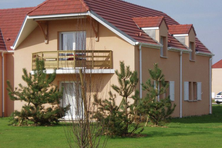Holiday apartment, close to the beach, Beuzeville, Normandy