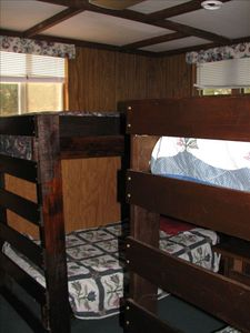 Bunk beds, bedroom #3