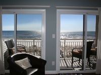 TOP FLOOR, GULF FRONT CONDO - NEWLY REMODELED - SPECTACULAR GULF VIEW BOOK TODAY