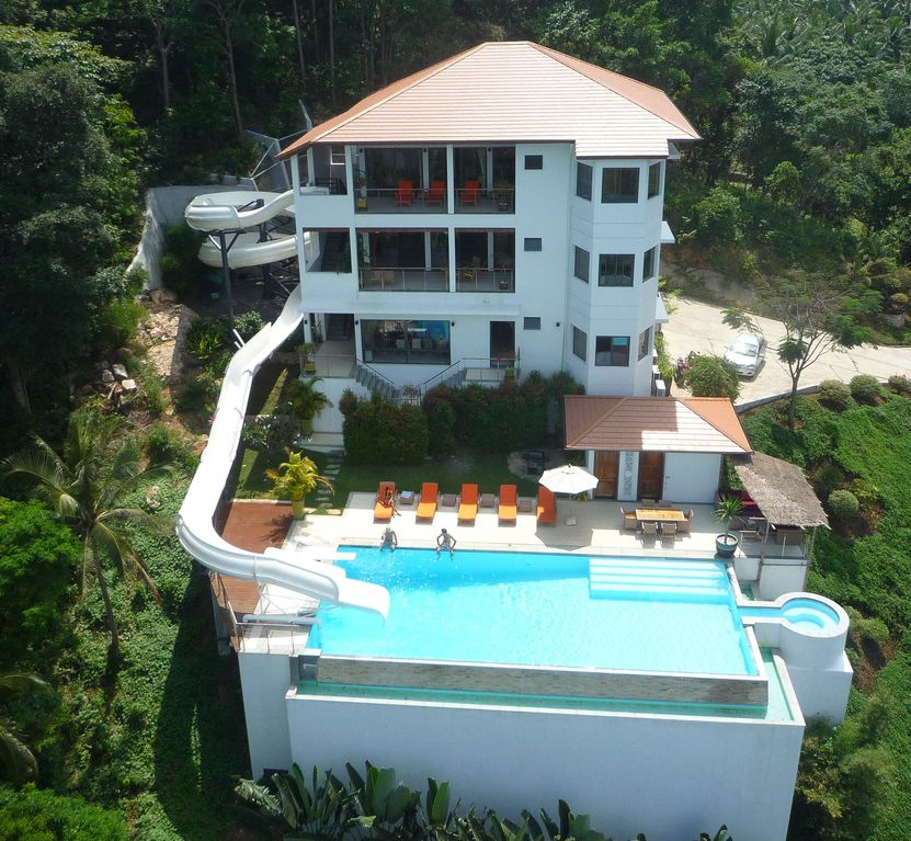 Mansions With Pools And Waterslides villa as seen on tv boasting the world 39 s longest home water