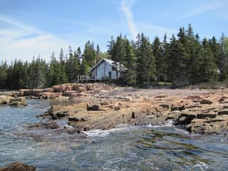 Prospect Harbor cottage photo - high tide