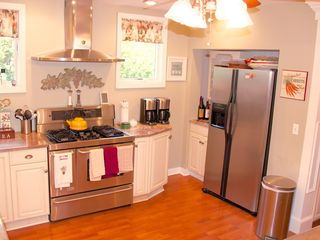 Avon-by-the-Sea house photo - Main kitchen, all modern appliances, gas range and oven