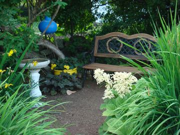 A reading nook in the big border