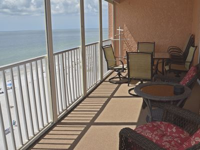 Beautiful Penthouse direct beach front views are yours!
