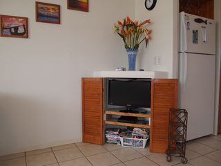 Makaha condo photo - flat screen tv, dvd and large dvd selection for adults and keiki