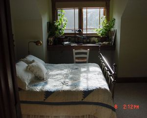 "Yellowstone lodge photo - ""Ptarmigan Peak"" Bedroom"