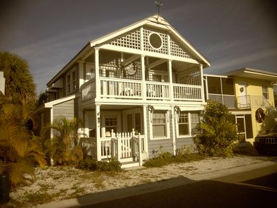 Blue Days Beach Cottage