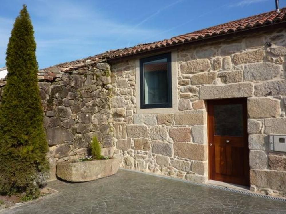 Rois little country cottage gite rois vrbo - Casas de piedra gallegas ...