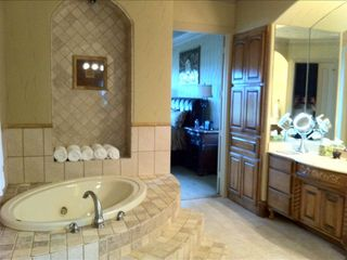 Spa feel master bath