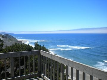 Lincoln City house rental - Unimpeded 180 degree views from the Main and Upper Level decks of the Sea Have