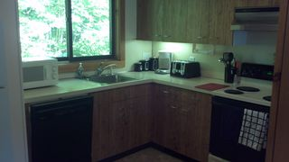 Lincoln townhome photo - Fully equiped kitchen with recent appliances