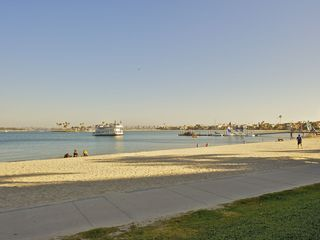 Mission Beach apartment photo - The bay is a wonderful area for kids, playgrounds near by
