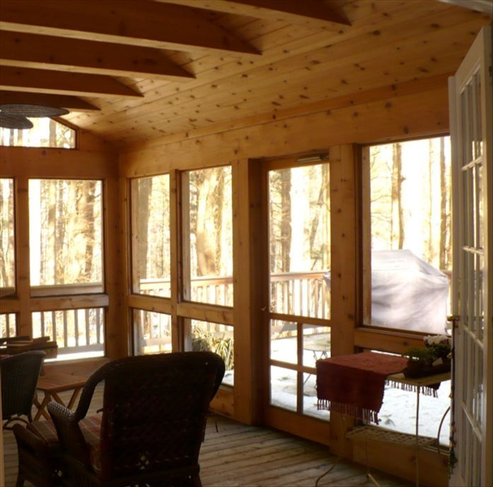 Large screened in porch with two sun decks & BBQ area