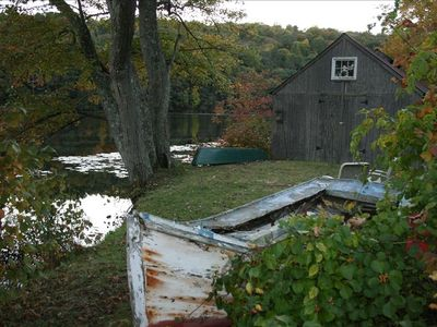 The Boatshed down at the Pond - BYOC or K (Canoe or Kayak)