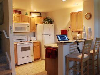 Venetian Bay townhome photo - Furnished kitchen, wireless internet throughout