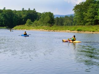 Lincoln cottage photo - Kayak on the Pemmigewasset river