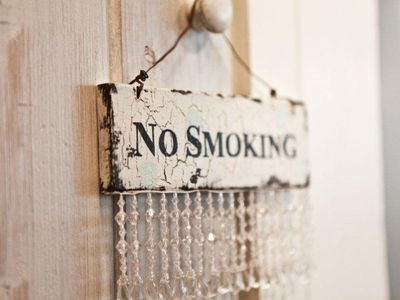 No Smoking......Please