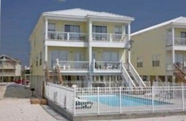 WatersEdge: Beautiful 5BR Oceanfront w/large 32'X16' Ocean facing Pool!