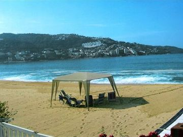 Acapulco condo rental - An Owner's Cabana on Velero Galeon Beach