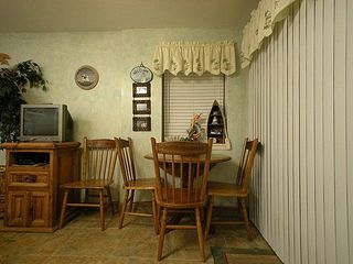 Gulf Shores condo photo - Wigned dinette with 4 chairs