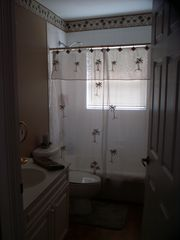 Okeechobee house photo - Guest bathroom