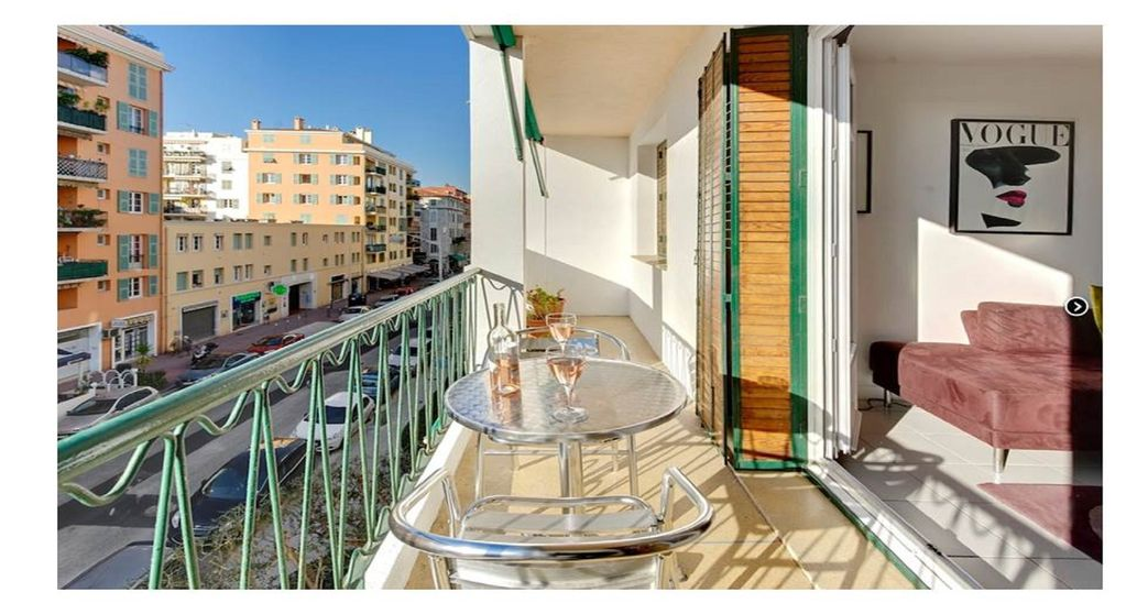 Ly 1 Bedroom Apartment For In Nice Port Riquier