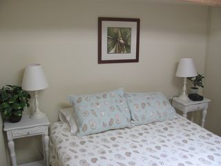 La Jolla house photo - Queen bed