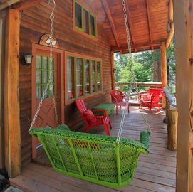 Idyllwild cabin rental - Swing the day away
