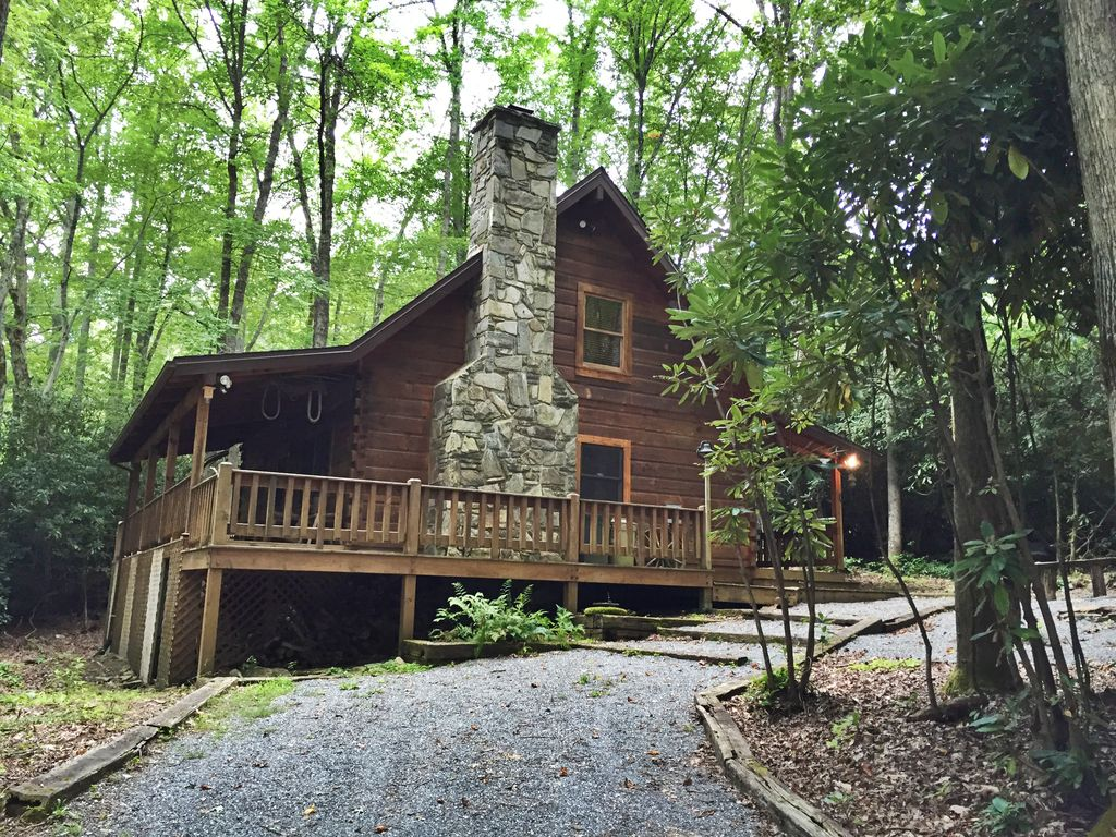 Rustic Log Cabin With Hot Tub, Internet And...